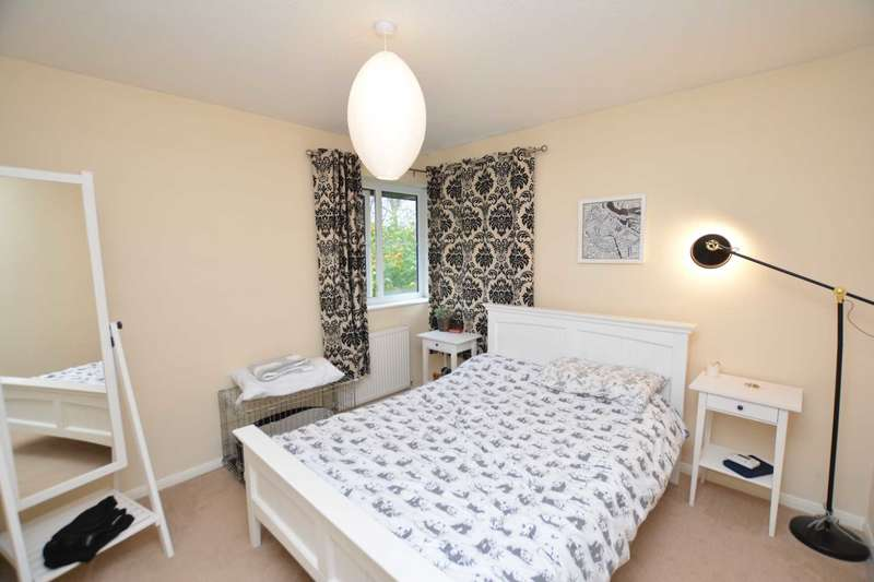 2 Bedrooms Semi Detached House for rent in Two Mile Ash