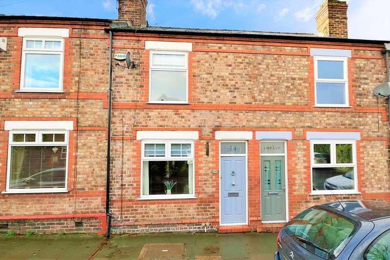 2 Bedrooms Terraced House for sale in Egerton Street, Stockton Heath, Warrington