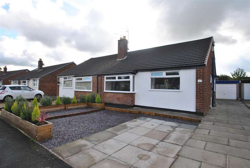 2 Bedrooms Semi Detached Bungalow for sale in Alderley Road, THELWALL, Warrington, WA4