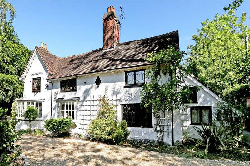 7 Bedrooms Detached House for sale in Woodhall Road, Pinner, Middlesex, HA5