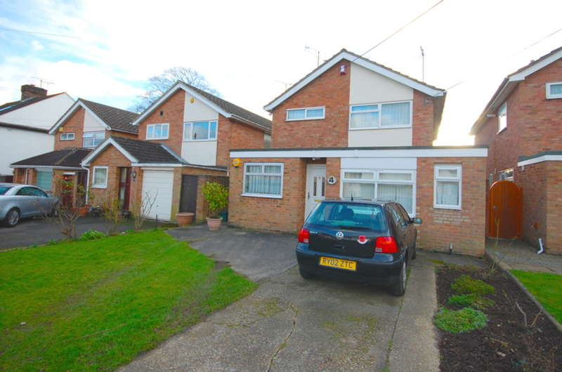 3 Bedrooms Detached House for sale in Sixth Avenue, Chelmsford, CM1