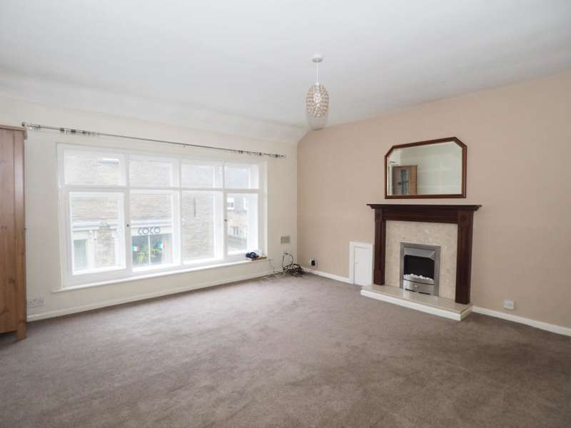 2 Bedrooms Apartment Flat for rent in Market Street, Chapel-en-le-Frith, High Peak, Derbyshire, SK23 0HP