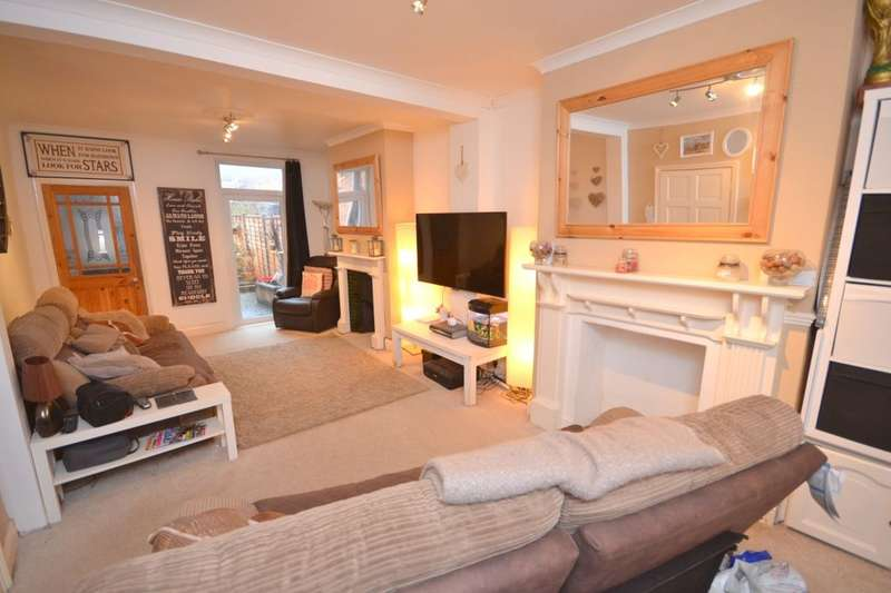 2 Bedrooms Property for sale in Abbey Road, Northampton, NN4