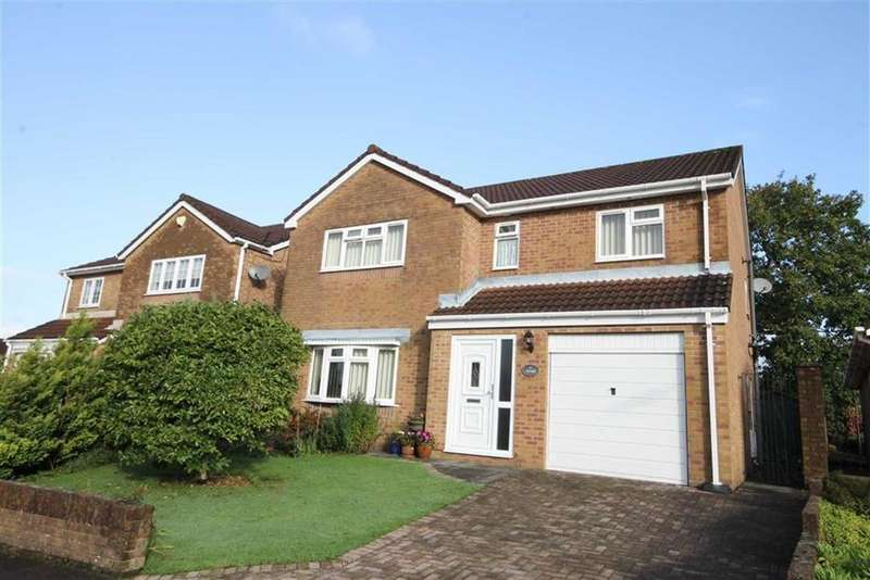 4 Bedrooms Detached House for sale in The Oaks, Quakers Yard