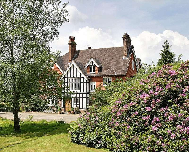 6 Bedrooms Detached House for sale in Burwash Road, Broad Oak, Heathfield, East Sussex, TN21