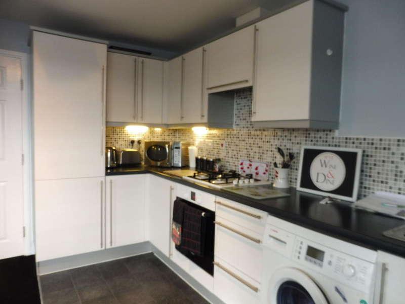 2 Bedrooms Apartment Flat for sale in Blaen Bran Close, Cwmbran