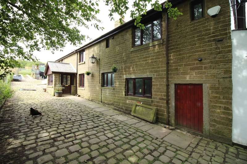 4 Bedrooms Detached House for sale in Hillside Crescent, Bacup, OL13