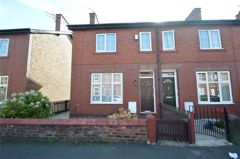 2 Bedrooms Semi Detached House for sale in Brindley Avenue, SALE, Cheshire