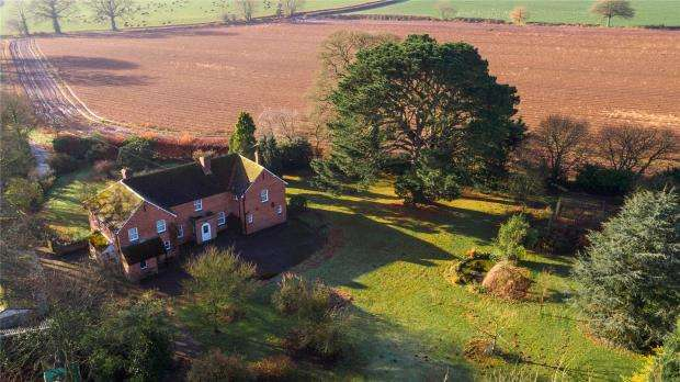 6 Bedrooms Detached House for sale in Poltimore, Exeter, Devon
