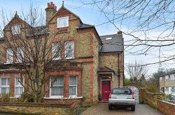 5 Bedrooms Semi Detached House for sale in Carlton Road, Sidcup, Kent, DA14 6AH