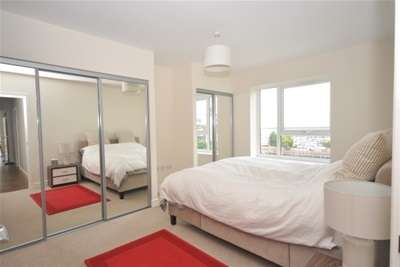 3 Bedrooms Flat for rent in Marina Heights, Pearl Lane