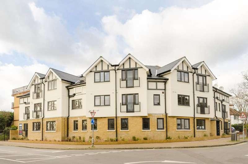 3 Bedrooms Flat for sale in Thames Corner, Sunbury, TW16
