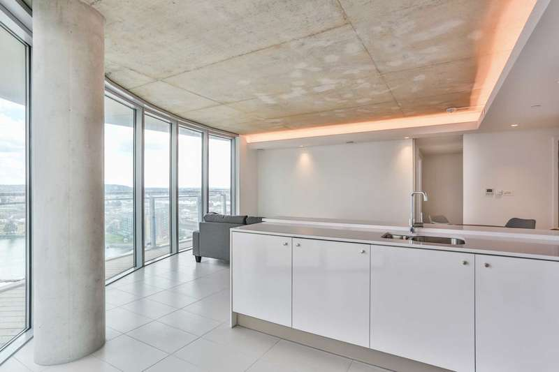 3 Bedrooms Apartment Flat for rent in Hoola West Tower, 1 Tidal Basin Road, Royal Docks, London, E16
