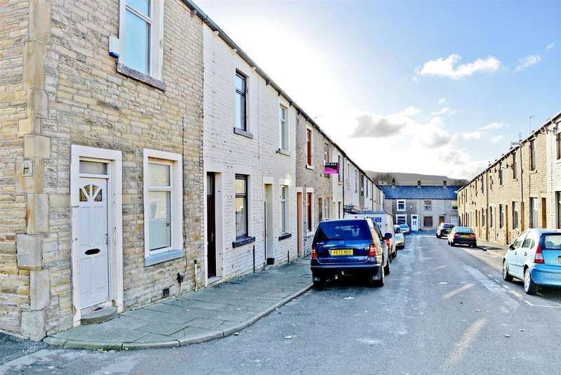 3 Bedrooms Terraced House for sale in Palace Street, Burnley