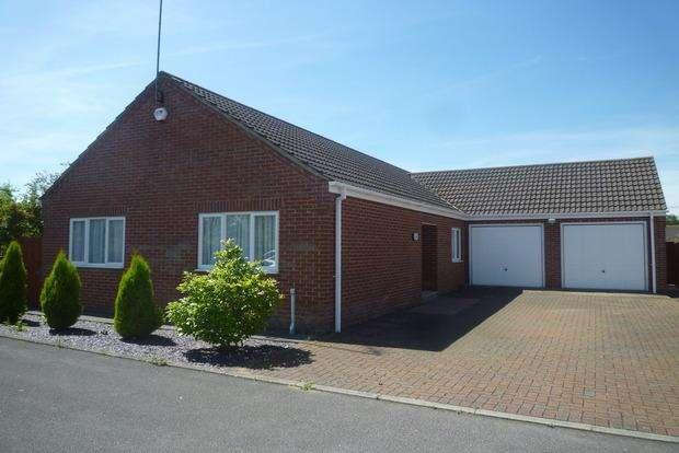 3 Bedrooms Detached Bungalow for sale in Thurloe Close, Wisbech, PE13
