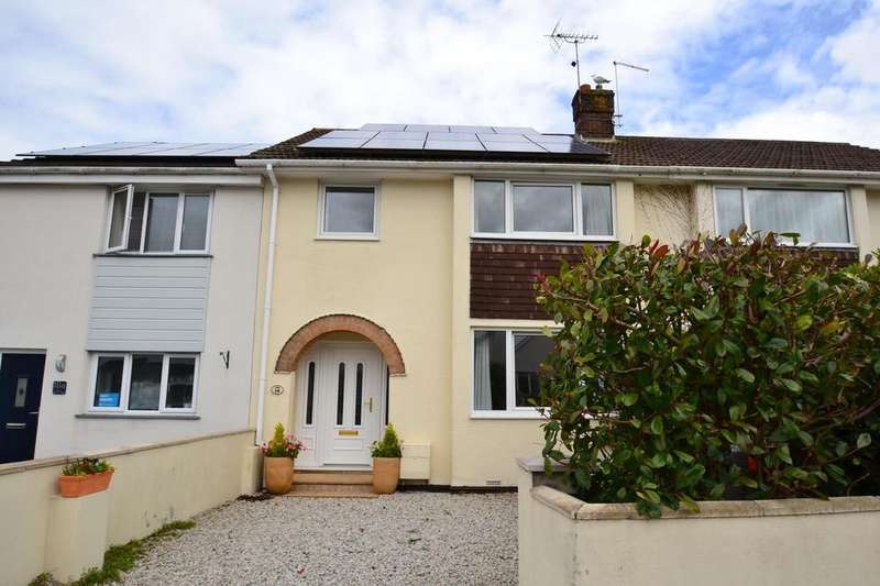 3 Bedrooms Terraced House for sale in Midway Road, Bodmin