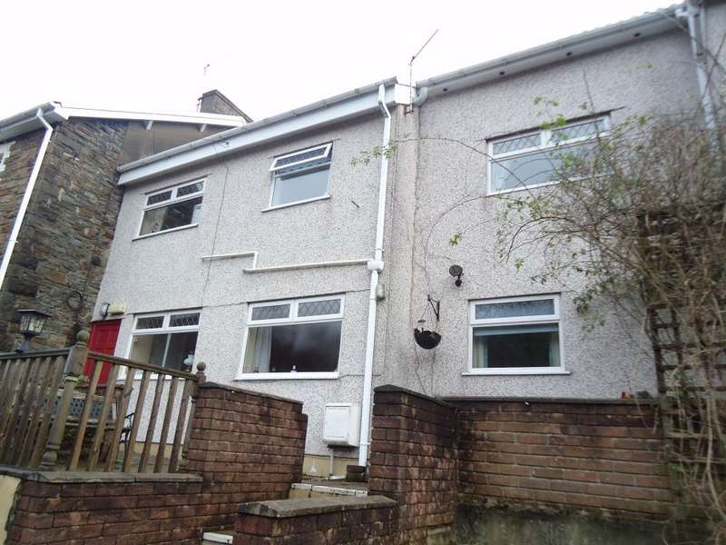 5 Bedrooms Terraced House for sale in Mount Pleasant Terrace, Cross Keys, Newport, NP11