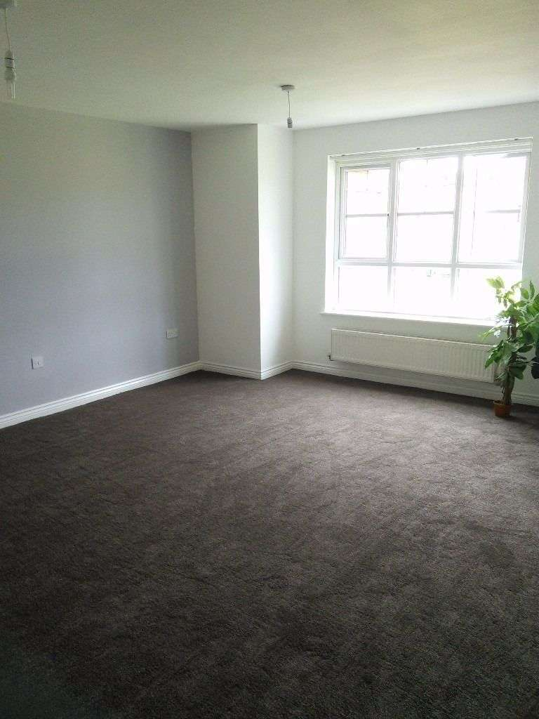 2 Bedrooms Apartment Flat for rent in Holmes Court, Merlin Road, Birkenhead