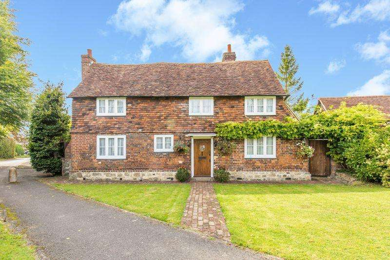 3 Bedrooms Detached House for sale in The Green, Sevenoaks