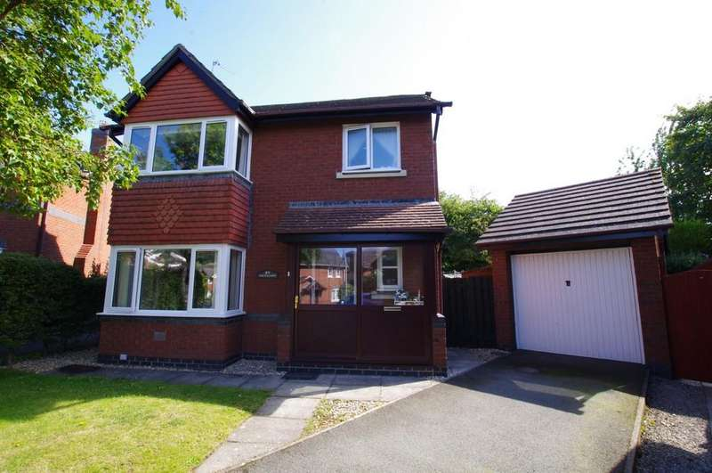3 Bedrooms Detached House for sale in Plas Tudno, Penrhyn Bay