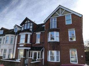 1 Bedroom Flat for sale in Bournemouth Gardens, Folkestone, Kent
