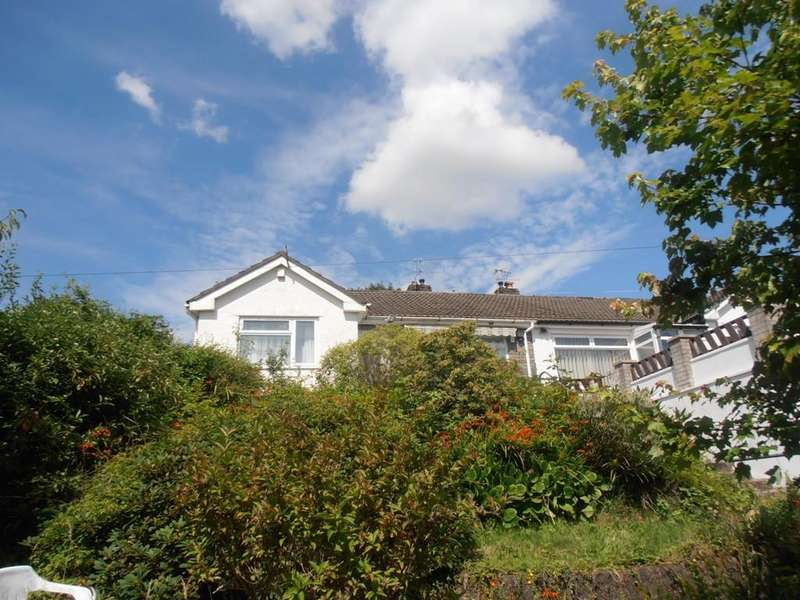 3 Bedrooms Semi Detached Bungalow for sale in Aberdare Road, Cwmbach