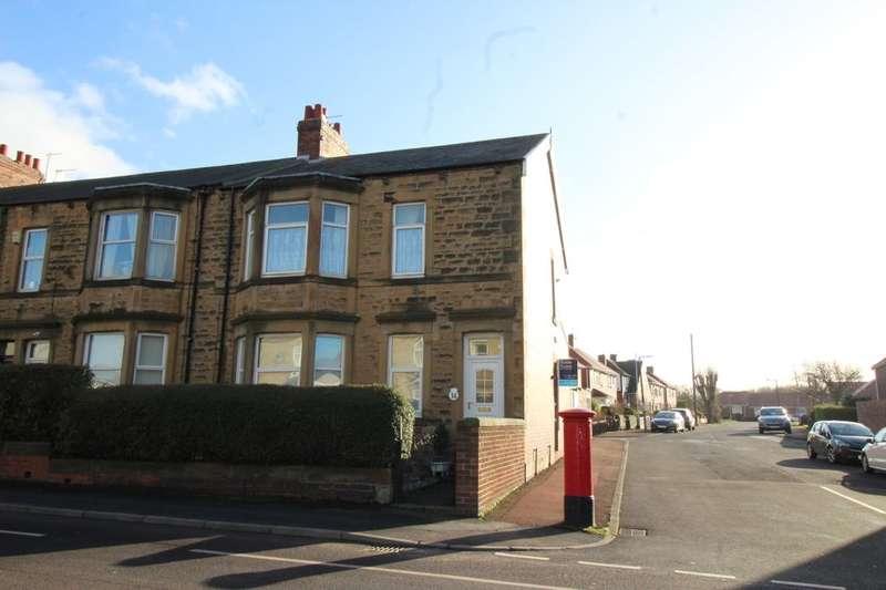 2 Bedrooms Flat for sale in Wellfield Terrace, Bill Quay, Gateshead, NE10