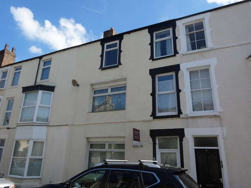 6 Bedrooms Terraced House for sale in Castle Place, Abergele