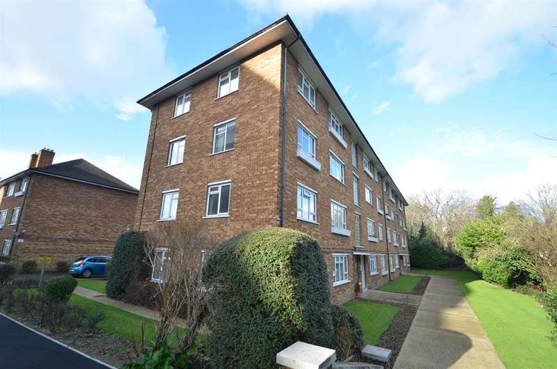 2 Bedrooms Flat for sale in Greystoke Gardens, Ealing, W5 1EP