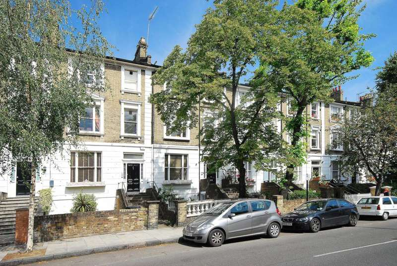 3 Bedrooms Flat for sale in South Hampstead, South Hampstead, NW6