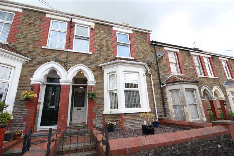 3 Bedrooms Terraced House for sale in Princes Avenue, Caerphilly
