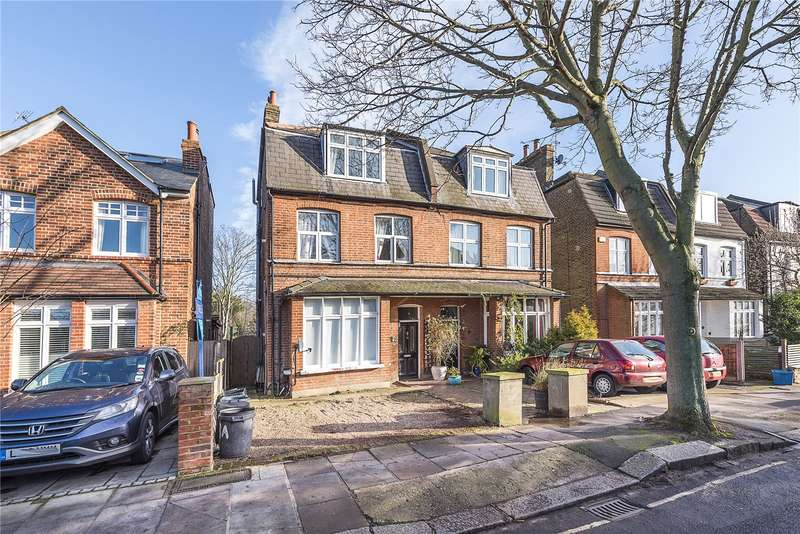 2 Bedrooms Flat for sale in Cedars Road, Hampton Wick, KT1