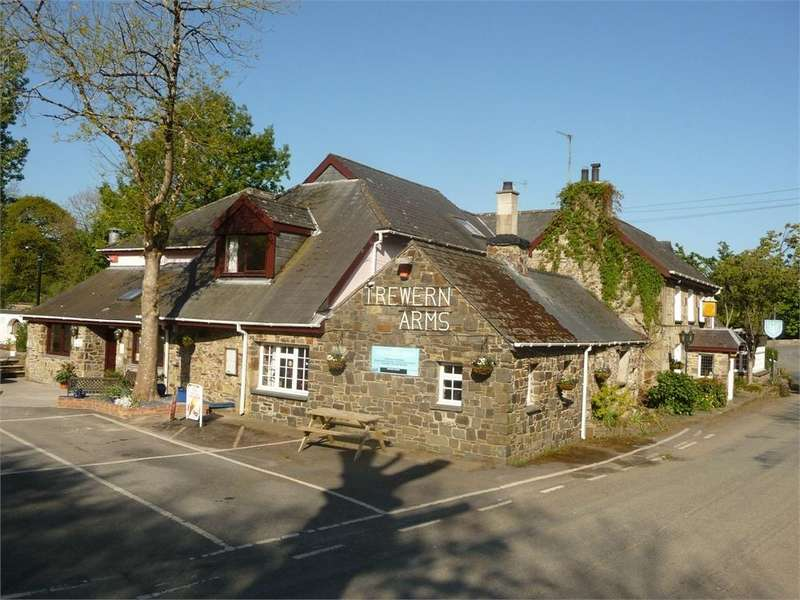 10 Bedrooms Country House Character Property for sale in The Trewern Arms, Nevern, Newport, Pembrokeshire
