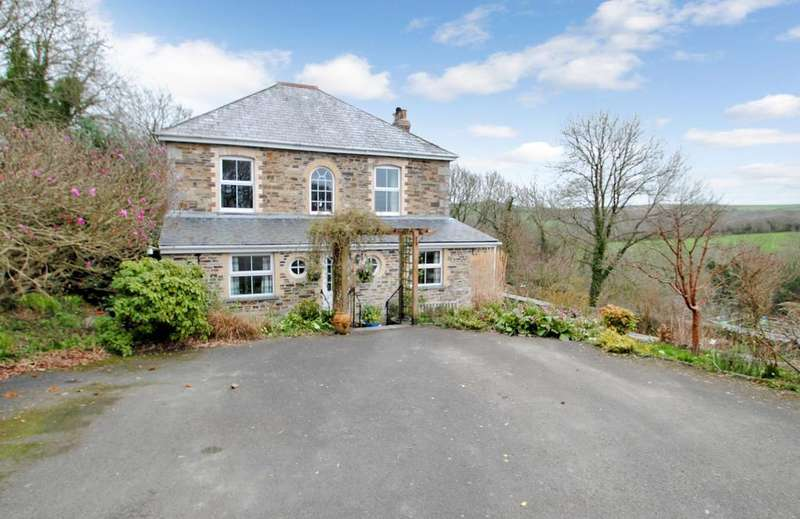 4 Bedrooms Detached House for sale in Ruthernbridge, Bodmin