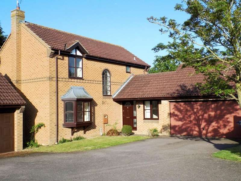4 Bedrooms Detached House for rent in 2 Docklewell Close