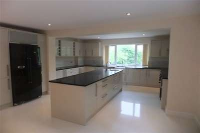 6 Bedrooms Bungalow for rent in Hollow Lane, Rugeley, WS15