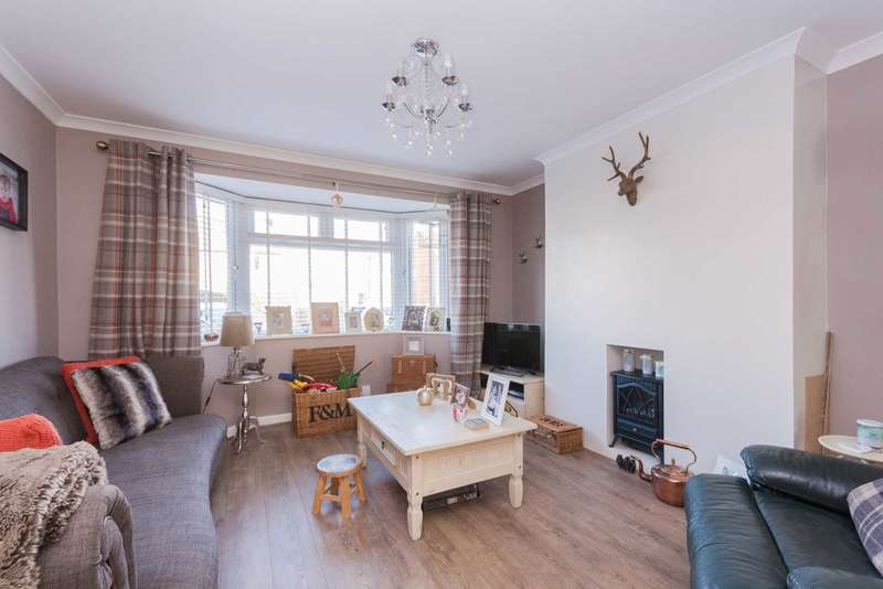 3 Bedrooms Semi Detached House for sale in Southlawn, Witney