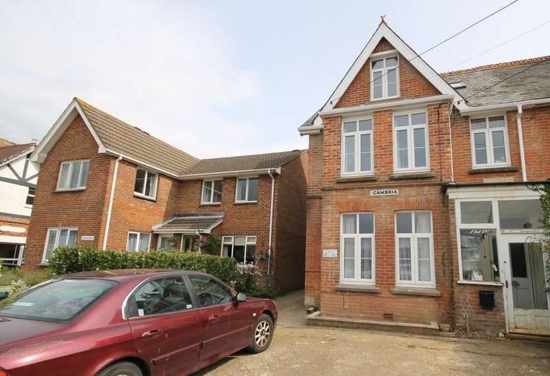 2 Bedrooms Ground Flat for sale in Totland Bay, Isle of Wight