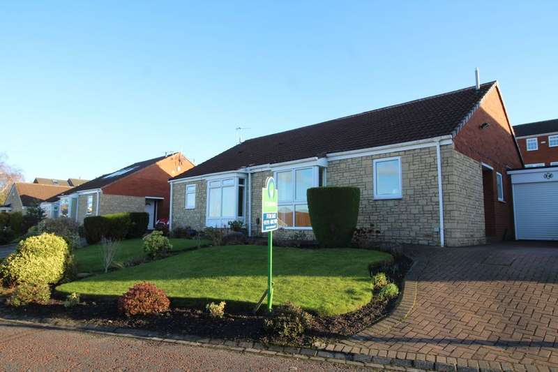 2 Bedrooms Semi Detached Bungalow for sale in Fernhill Avenue, Whickham, Newcastle Upon Tyne, NE16