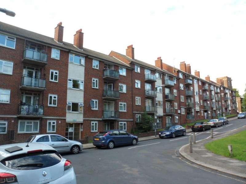 1 Bedroom Ground Flat for sale in SUNBURY STREET, WOOLWICH, LONDON, SE18 5LZ