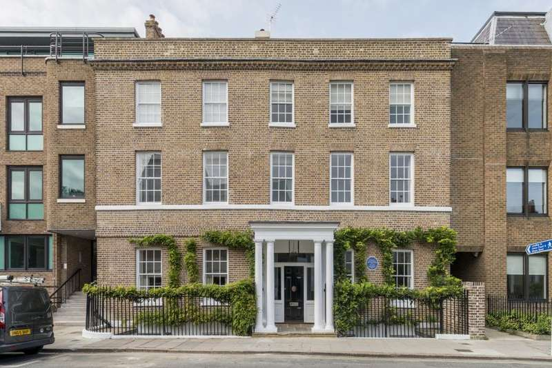 4 Bedrooms House for sale in Hogarth House, Richmond