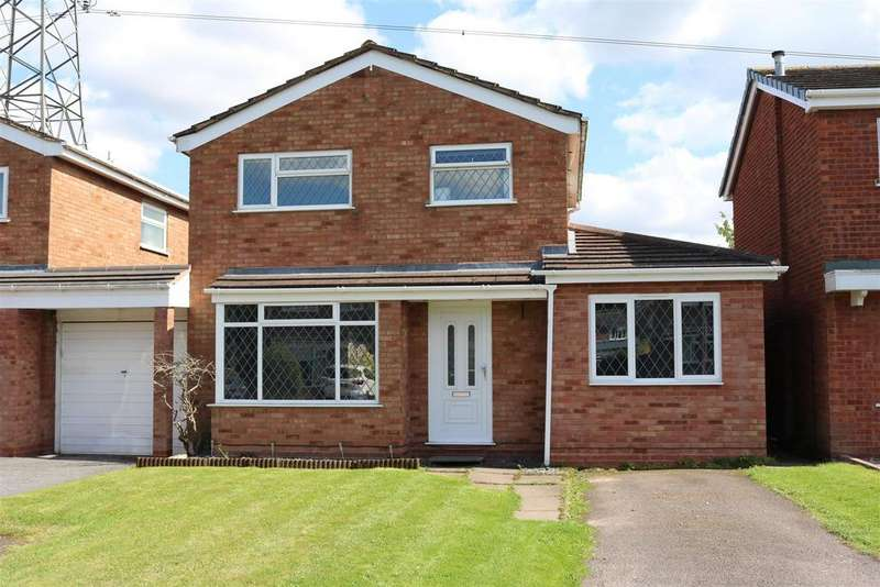 3 Bedrooms Detached House for sale in Gawsworth, Tamworth