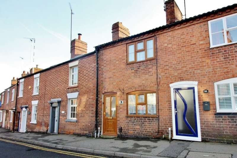 2 Bedrooms Terraced House for rent in Spring Lane, Kenilworth, CV8