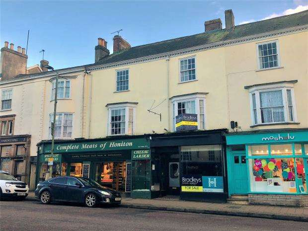 4 Bedrooms Terraced House for sale in High Street, Honiton, Devon