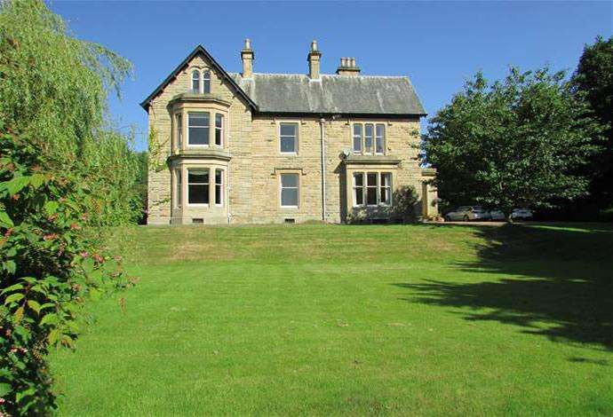 4 Bedrooms Semi Detached House for sale in Summerfield East Rosalee Brae, Hawick, TD9 7HH