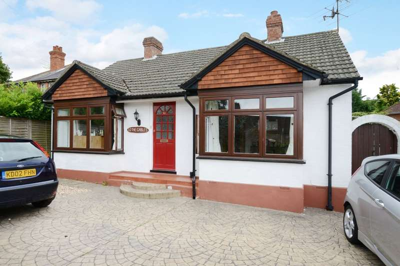 2 Bedrooms Detached Bungalow for rent in Vicarage Road, Blackwater