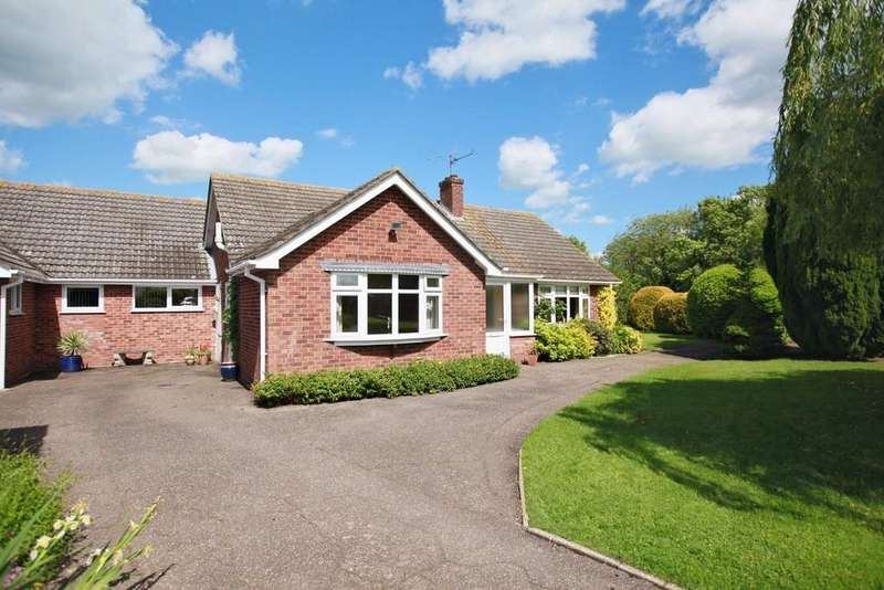 3 Bedrooms Detached Bungalow for sale in Upsher Green, Great Waldingfield, Sudbury CO10 0TT