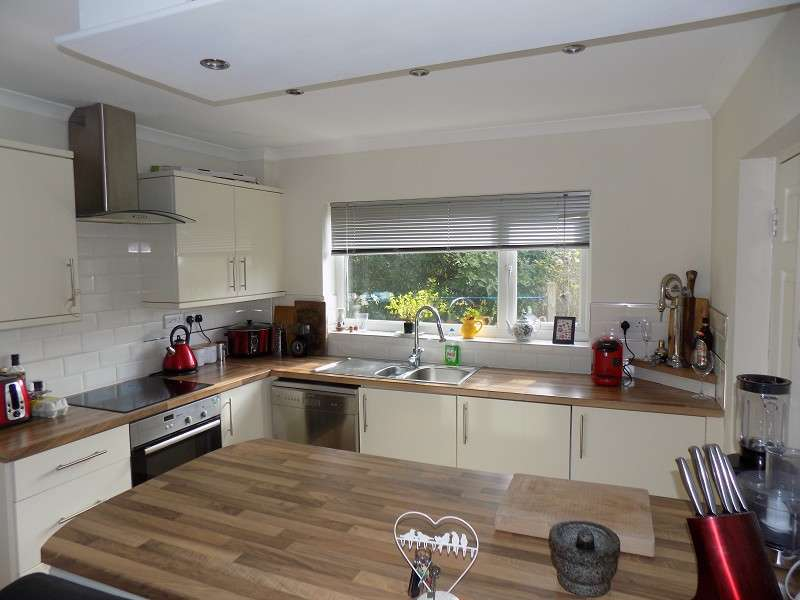 3 Bedrooms Detached House for sale in Maes Ty Canol , Baglan, Port Talbot, Neath Port Talbot. SA12 8UP