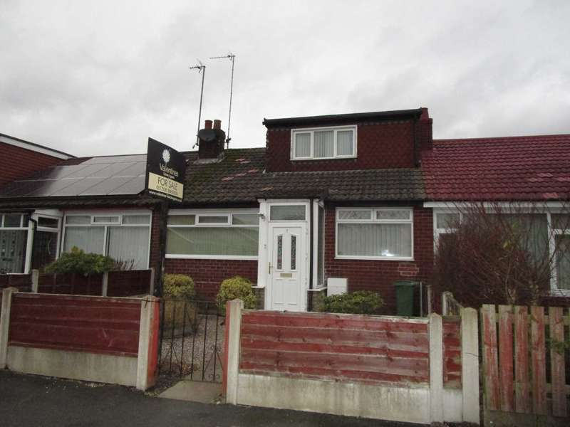 3 Bedrooms Terraced House for sale in Wrens Nest Avenue, Shaw
