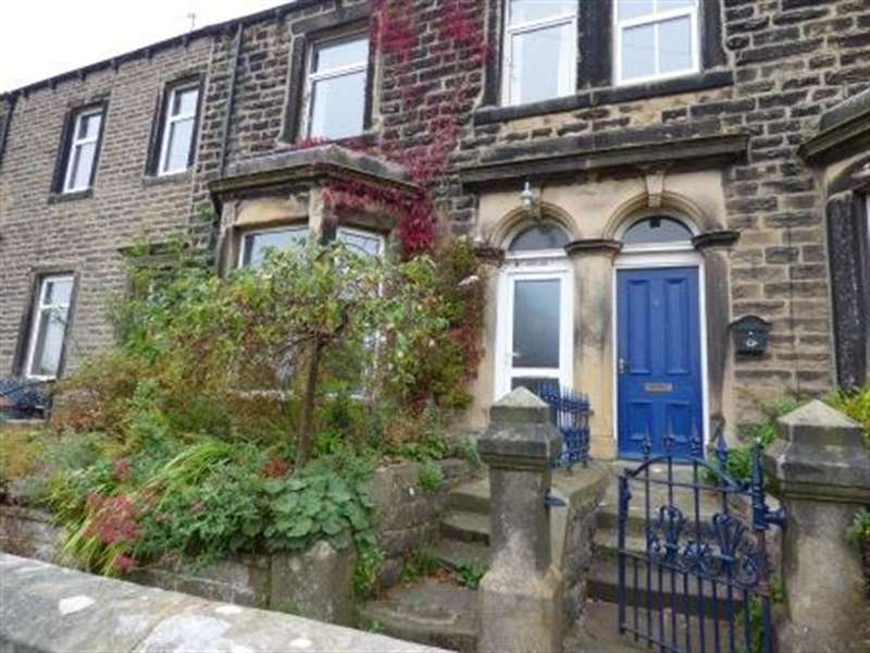 3 Bedrooms Terraced House for rent in Rock View Terrace, Embsay, Skipton, BD23 6QB